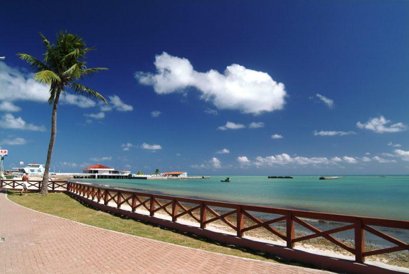 Orla da Praia de Ponta Verde